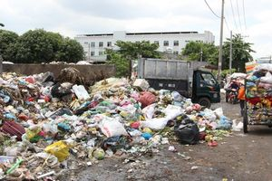 Chuyện bi hài của các đường dây rác dân lập ở TP HCM