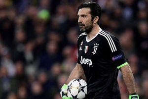 Thủ môn Buffon quyết định chia tay Juventus sau 17 năm gắn bó