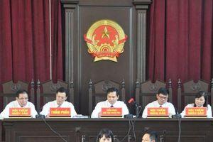 Vụ xét xử bác sĩ Hoàng Công Lương: Những câu hỏi ám ảnh người nghe