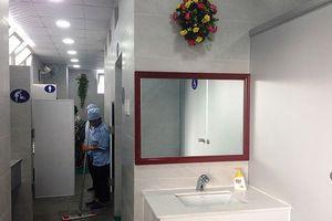 Nơi nào để nhà vệ sinh bẩn thì giám đốc bệnh viện đó ở bẩn