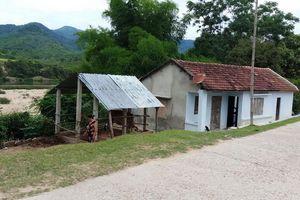 Bình Định: Dân sống phập phồng trong vùng sạt lở