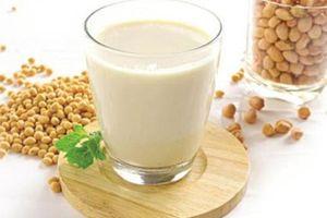 Từ sữa đậu nành có thể làm được 4 món giải nhiệt mùa hè