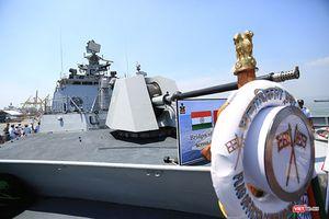 Bất ngờ kho vũ khí trên tàu chiến Ấn Độ thăm Đà Nẵng