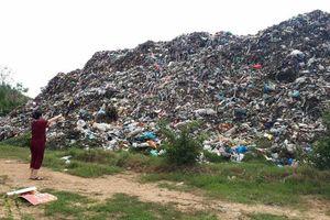 Núi rác gây ô nhiễm ở TP. Vĩnh Yên: Chính quyền chi bao nhiêu tiền cho việc xử lý rác?
