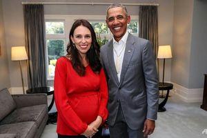 Bầu 6 tháng, Thủ tướng New Zealand được ông Obama dạy cách nuôi con