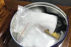 Bắt giam 2 nghi phạm tàng trữ, mua bán chất ma túy tại Tiền Giang