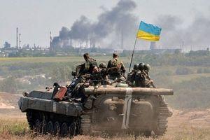 Chiến sự Ukraine bùng phát dữ dội khiến 24 lính chính phủ kèm cố vấn Mỹ thiệt mạng