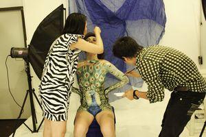 Nữ họa sĩ body painting: 'Quá giới hạn tôn trọng sẽ dẫn đến nguy hiểm'