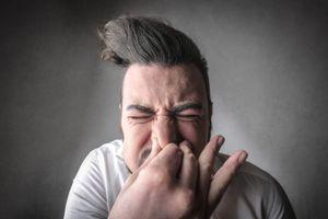 10 thói quen tưởng vô hại mà nguy hiểm khó ngờ