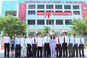 Trường Đại học Kỹ thuật Y - Dược Đà Nẵng: 55 năm vẻ vang một chặng đường