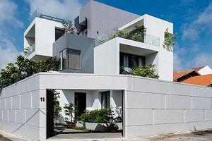 Biệt thự phố xanh mát như khu nghỉ dưỡng giữa Sài Gòn