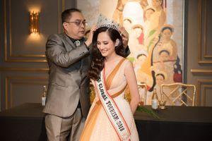 Diệu Linh được BTC Nữ hoàng du lịch xin lỗi và trao vương miện tại Việt Nam