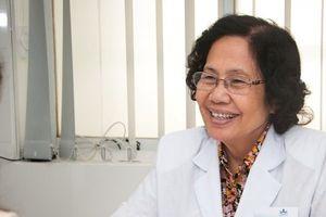 Giáo sư, bác sĩ Nguyễn Thị Ngọc Phượng, 'bà tiên' của hàng ngàn gia đình Việt
