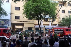 Tòa nhà Liên đoàn bản đồ địa chất miền Nam phát hỏa, nhiều người tháo chạy