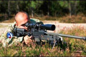 Kinh ngạc độ chính xác 99% của súng trường bắn tỉa Thụy Sĩ