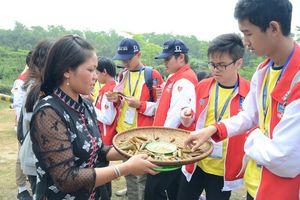 Học sinh quốc tế thích thú với các hoạt động trải nghiệm văn hóa Việt Nam