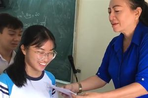 Lời thật học sinh được cô giáo Sài Gòn thưởng tiền