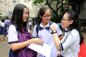 Tuyển sinh lớp 10 TP.HCM: Đề tiếng Anh vừa sức học sinh