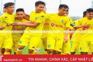 Đội bóng của bầu Hiển không được 'chuyển khẩu' về Hà Tĩnh