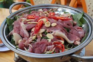 Công thức chế biến món bò hấp tía tô ngon hơn nhà hàng