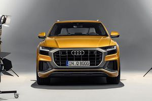 Xem xe SUV hạng sang Audi Q8 2019 trước giờ ra mắt