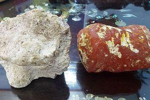 Hai viên đá thơm như nước hoa, 5 tỉ chưa bán
