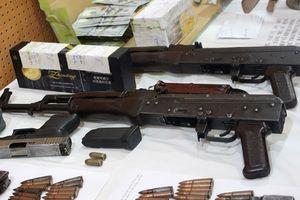 Truy tố gã giang hồ dùng AK bắn chết nhân viên khách sạn