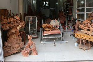 Những tên đạo chích chuyên rình... tượng gỗ