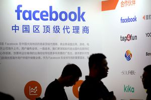 Facebook cho 4 công ty Trung Quốc truy cập dữ liệu người dùng