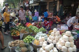 Dân Sài Gòn được mùa trái cây 'ngon bổ rẻ'