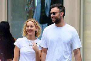 Jennifer Lawrence có bạn trai mới sau khi chia tay đạo diễn lớn tuổi