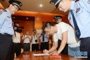 Trung Quốc nhờ dân phụ bắt 50 nghi phạm tham nhũng trốn ra nước ngoài