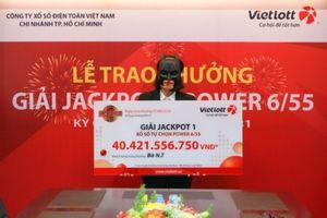 Trúng giải Jackpot hơn 40 tỷ đồng, nữ nhân viên ngân hàng nghỉ việc