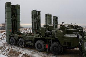 Báo Nga: Vì sao Rồng lửa S-400 khiến Mỹ phải dùng tới lệnh trừng phạt?