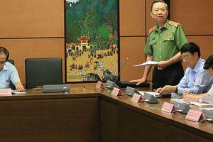 Tranh luận về đề xuất giám đốc công an tỉnh mang hàm cấp tướng