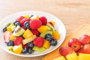Ăn quá nhiều trái cây lợi hay hại cho sức khỏe?