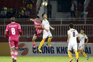 SLNA thua ngược Sài Gòn, chạm đáy bảng xếp hạng V.League