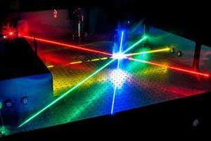 Phát triển được laser với chùm ánh sáng được khuếch đại bằng âm thanh