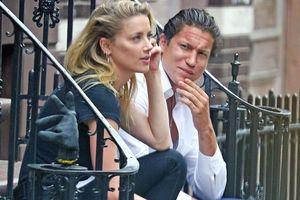 Johnny Depp tiều tụy sa sút, vợ cũ vui vẻ bên tình mới