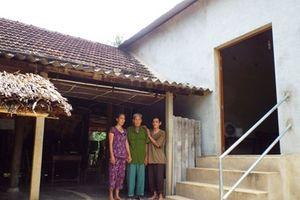 Tin vào nhà từ thiện 'ma' dân nghèo ôm nợ