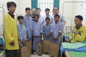 Hôn nhân cận huyết, 3 chàng trai ở Hà Giang bị nữ hóa bộ phận sinh dục