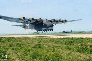 Siêu máy bay vận tải Me 323 và tham vọng của phát xít Đức