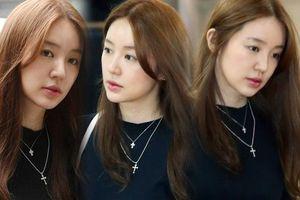 'Cô chủ' Yoon Eun Hye giản dị, tham dự sự kiện trước báo chí truyền thông sau ba năm vắng bóng