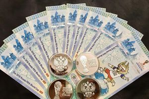 Săn tờ 100 Rúp Nga dù giá đắt gấp 10 lần để kỷ niệm World Cup 2018