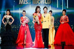 Dược sĩ Phương Anh 'vỡ òa''khi đăng quang hoa hậu thời trang công sở tại Thái Lan