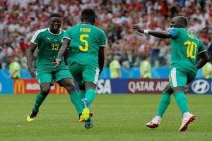'Sư tử' Senegal bẻ cánh 'đại bàng' Ba Lan