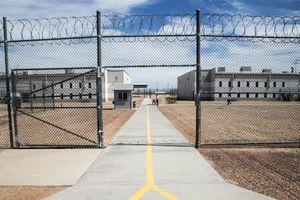 Một người gốc Việt đột tử trong trại giam trước khi bị Mỹ trục xuất