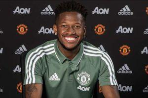 Fred chính thức cập bến Manchester United