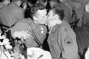 Bí ẩn lịch sử của người đồng tính tại Nga