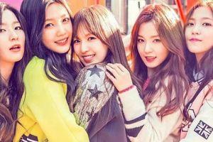 Fan mê mệt phong cách trang điểm hồng toàn tập của Red Velvet trong MV mới